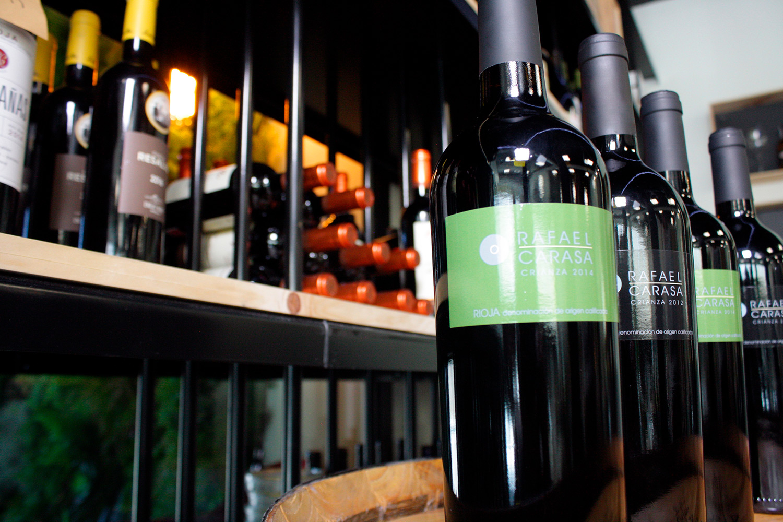 Restaurante El Puerto a la Carta - Vinos tintos y blancos